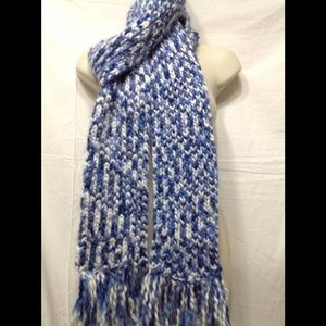 Thick crocheted scarf - 100% acrylic